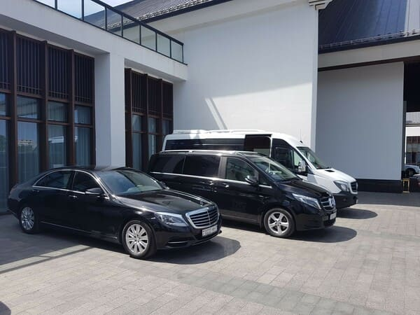 Аренда микроавтобуса в Минске с водителем. Mercedes V-classe 2016г2