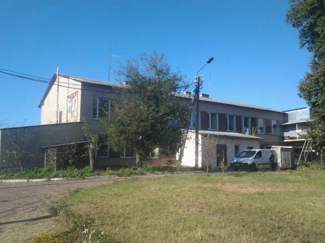 Производственная база под Киевом (продукты питания)
