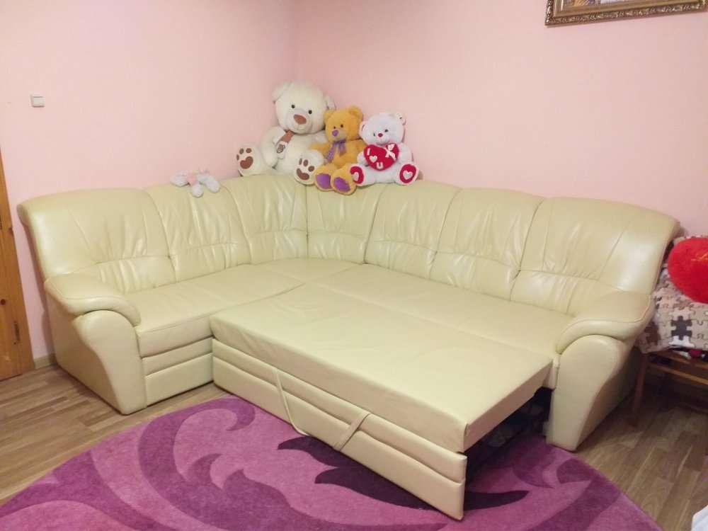 Продається диван і 2 м'які крісла