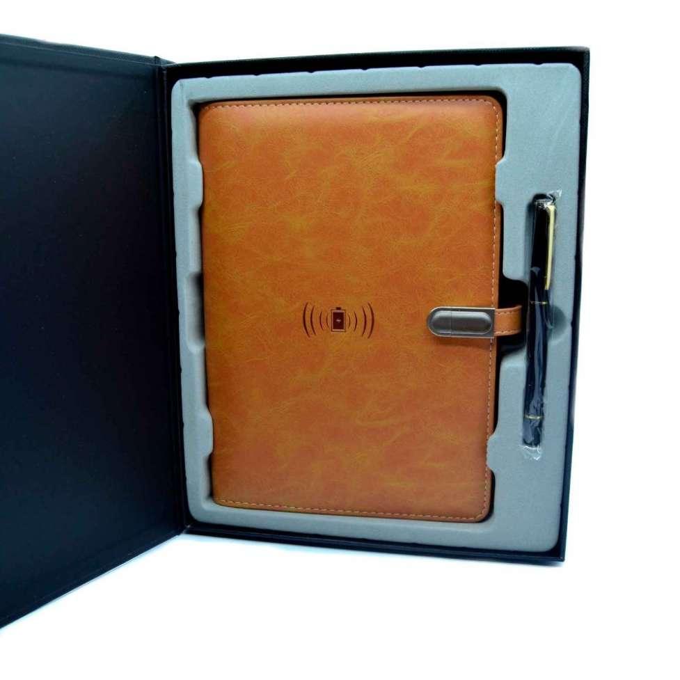 Эксклюзивный органайзер-ежедневник с зарядным устройством, подчеркнет