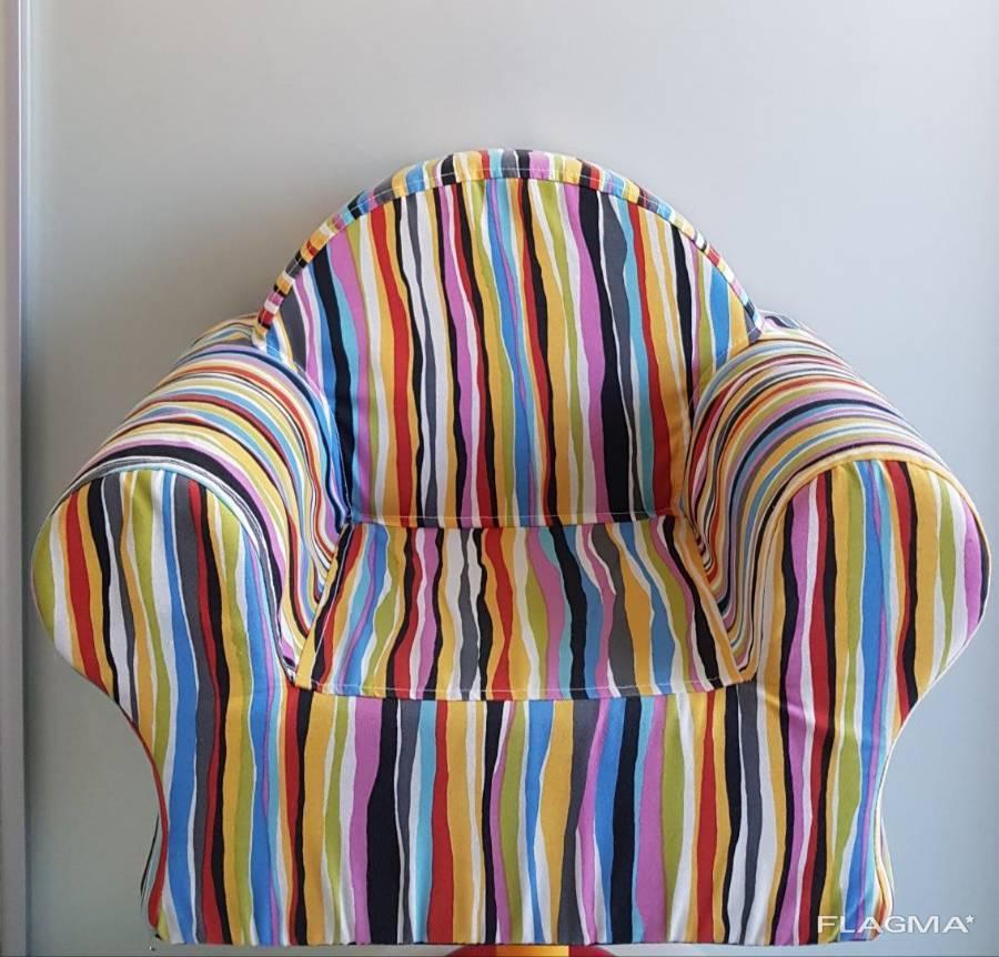 Детское кресло, любой расцветки.