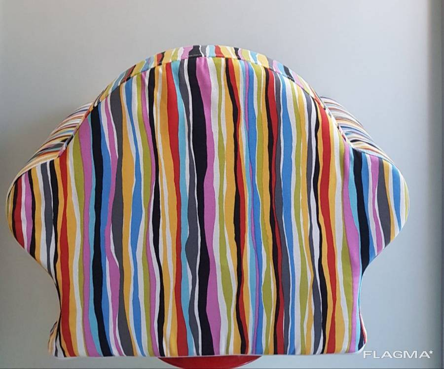 Детское кресло, любой расцветки.1