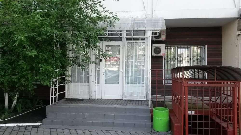 Оренда фасадного приміщення офіс