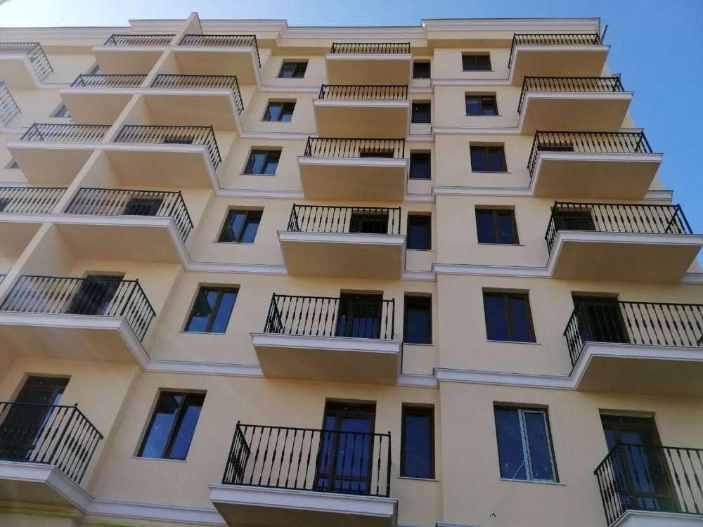 Продам однокомнатную квартиру в центре города в новом доме