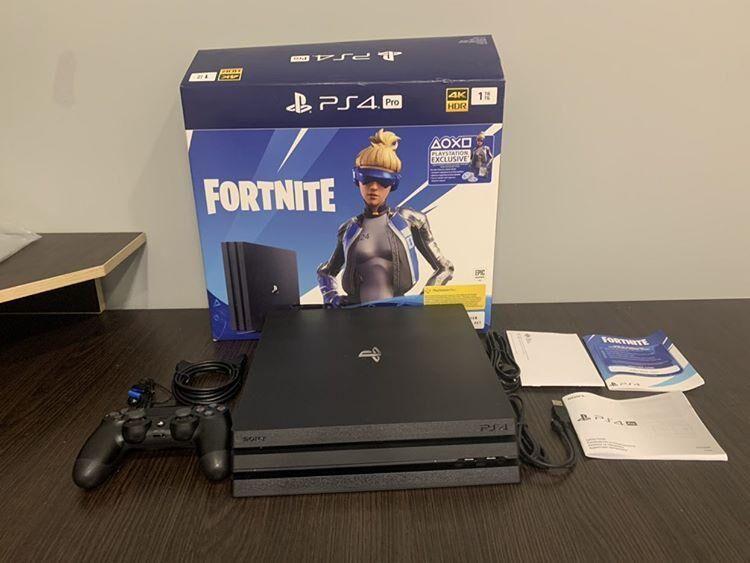 Новая Игровая консоль PS4 Pro 1TB black (CUH-7208B) Sony Playstation