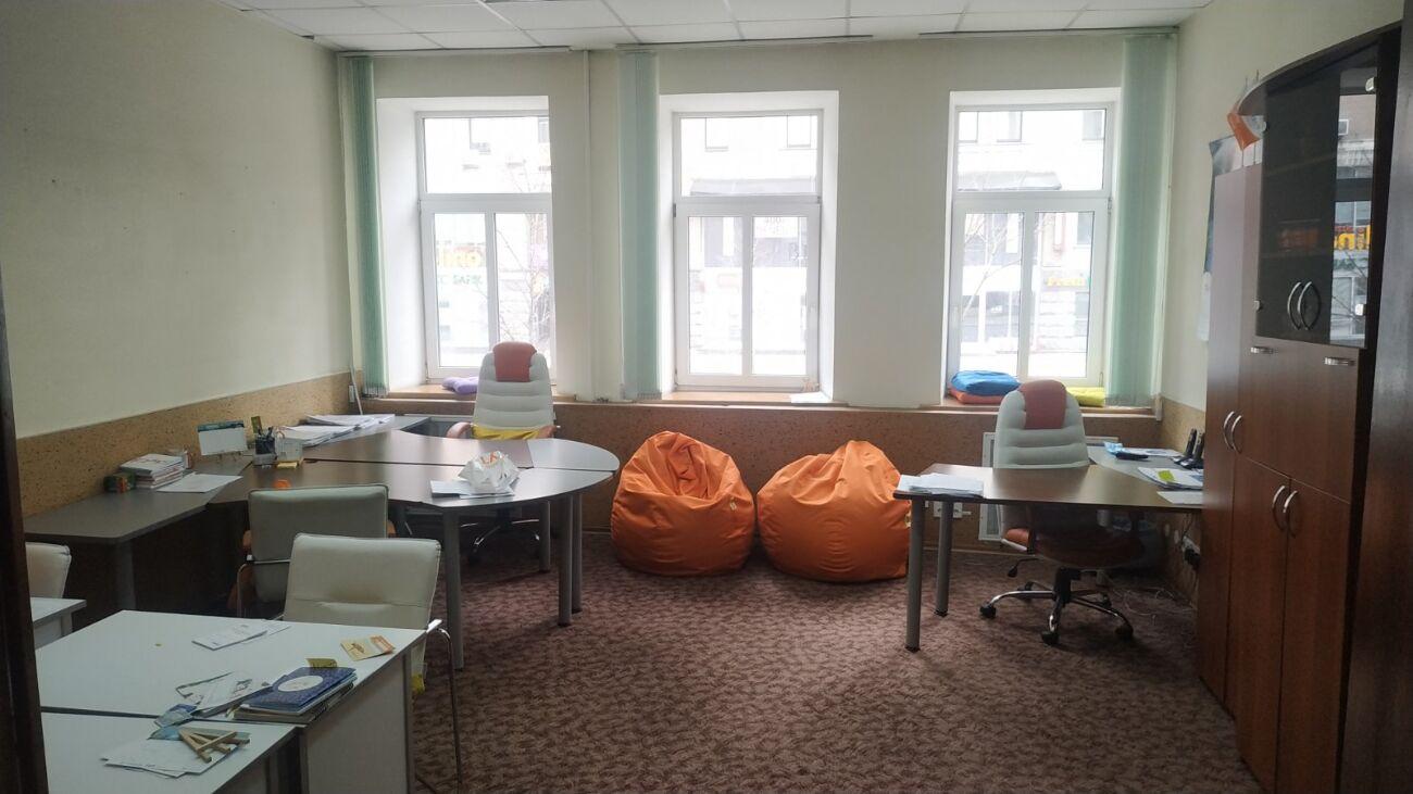 Аренда офиса (этажа) недалеко центра Киева, 240-290 кв м. Без комиссии1