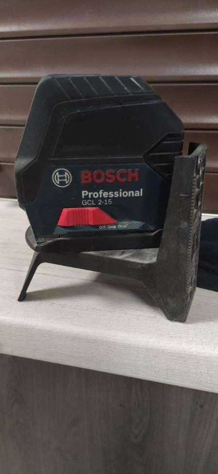 Продам лазерный нивелир BOSCH Professional GCL 2-15