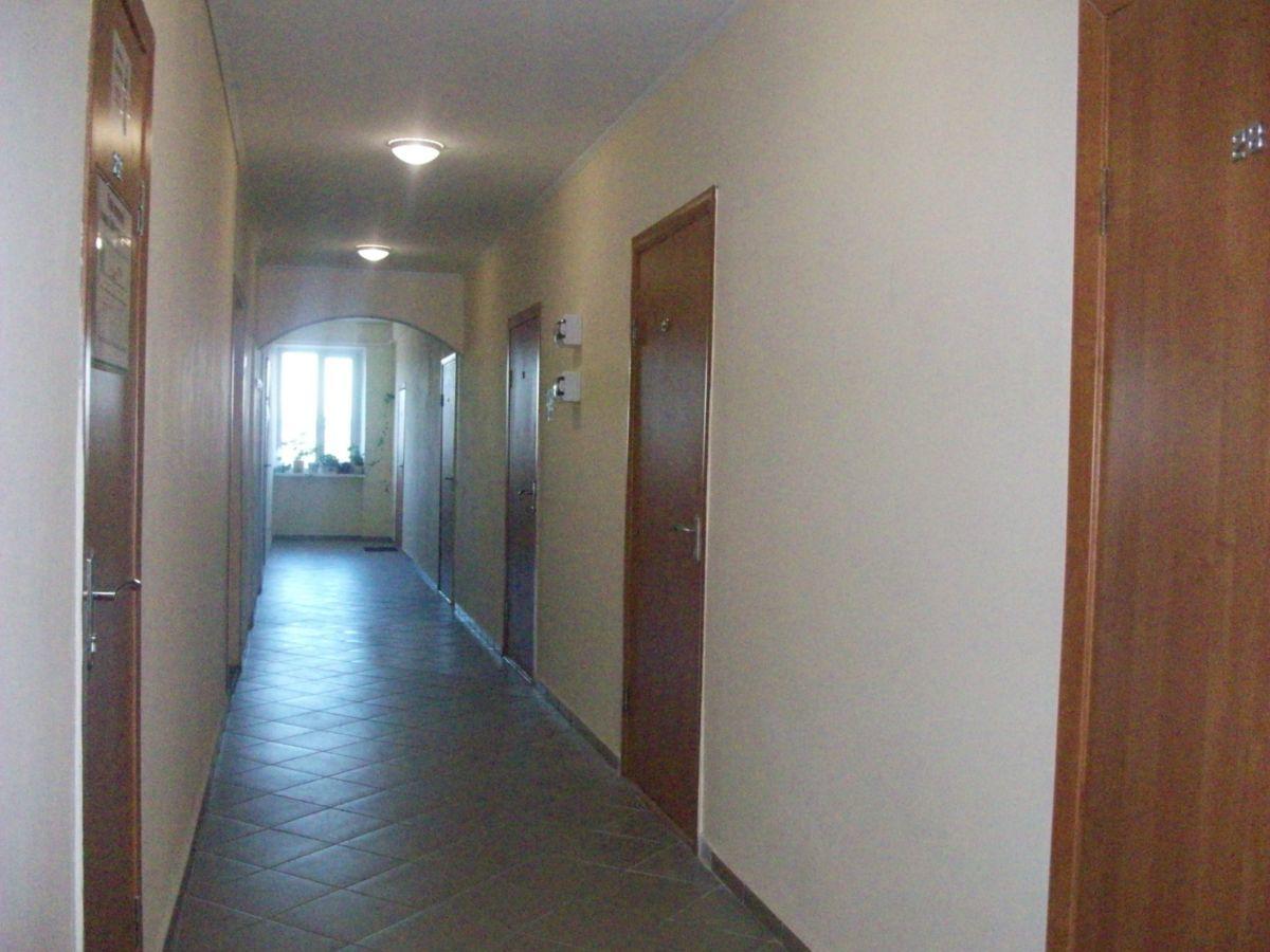 Сдам ангар сухой 200 метров и офисы по 25 м ,Бортничах охраняемая