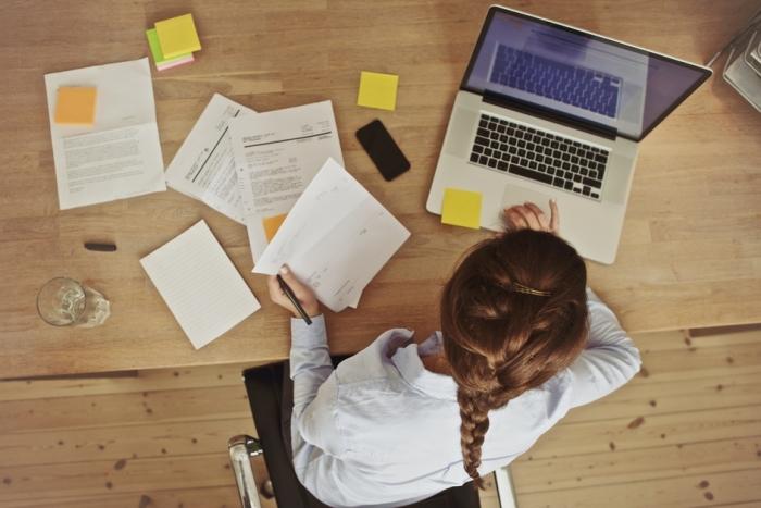 Менеджер-консультант удалённо (работа для женщин)