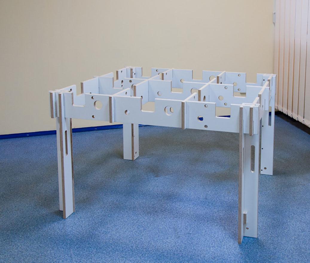 Ячеистый стол из ламинированной фанеры для раскроя гипсокартона