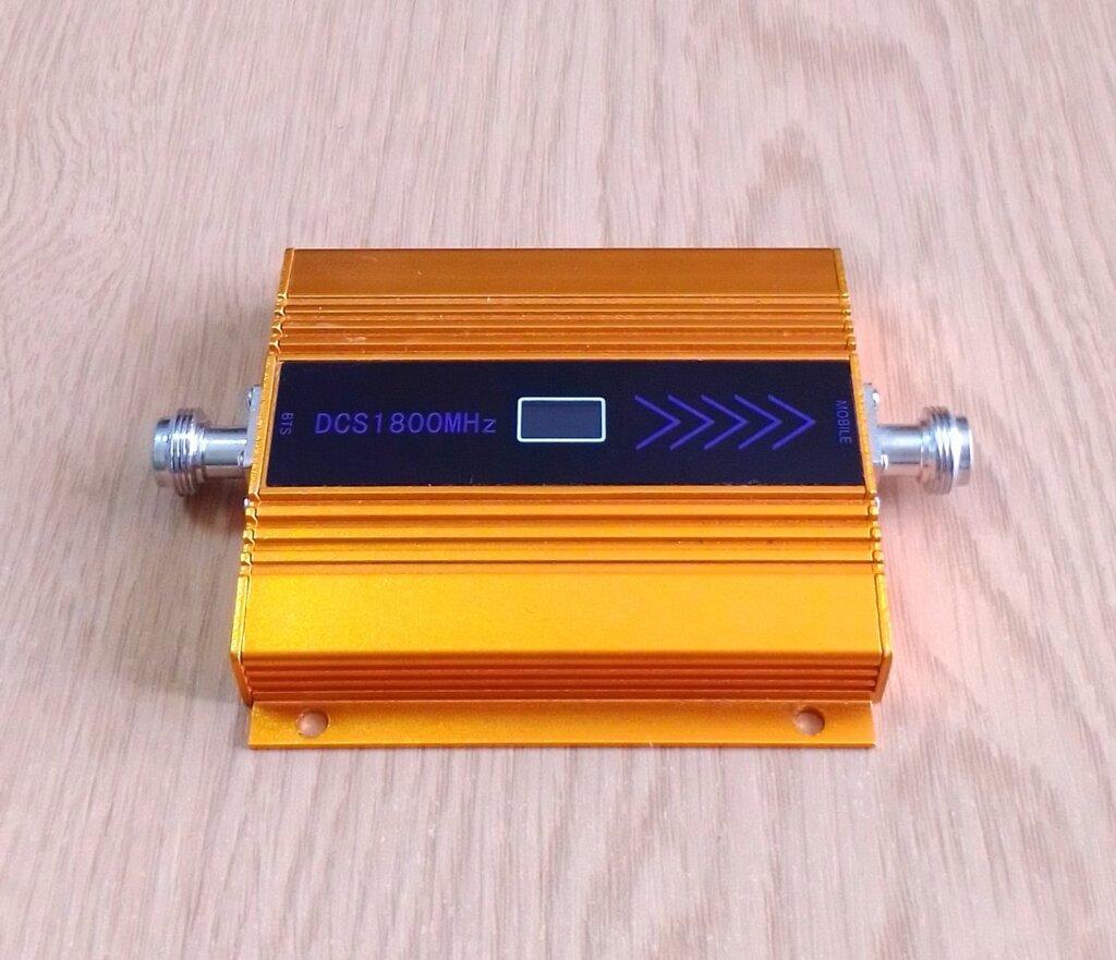 4G LTE усилитель сигнала сотовой связи RS-1811-D 1800 МГц 55 дБ 11 дБм, 70-130 кв. м.