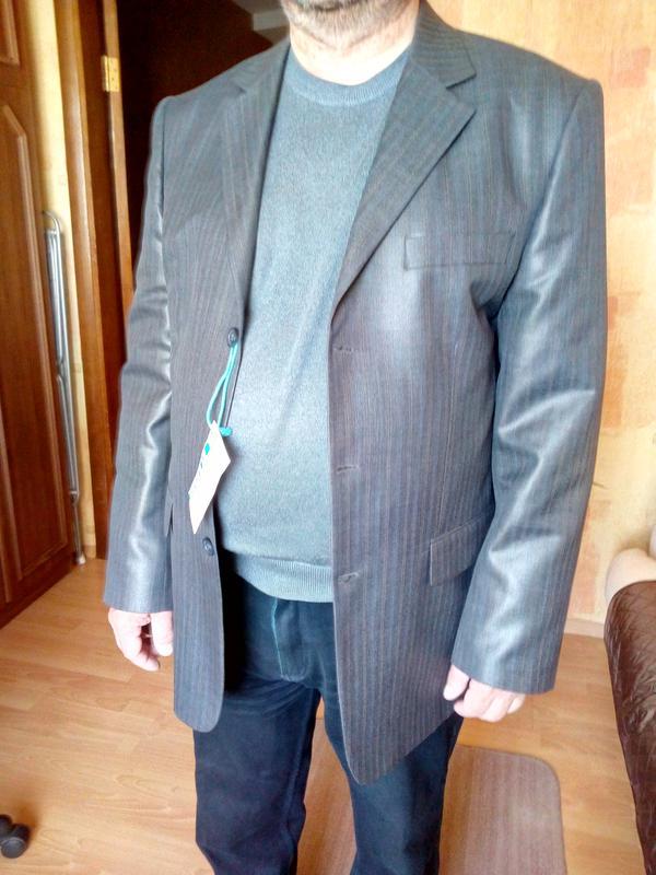 Мужской пиджак, размер 52-54,в состоянии НОВОГО