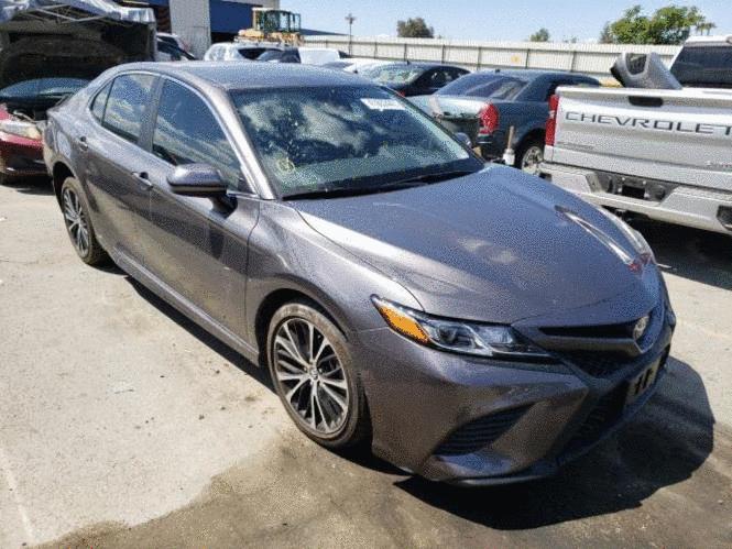 Toyota Camry SE – люкс класс для Вас
