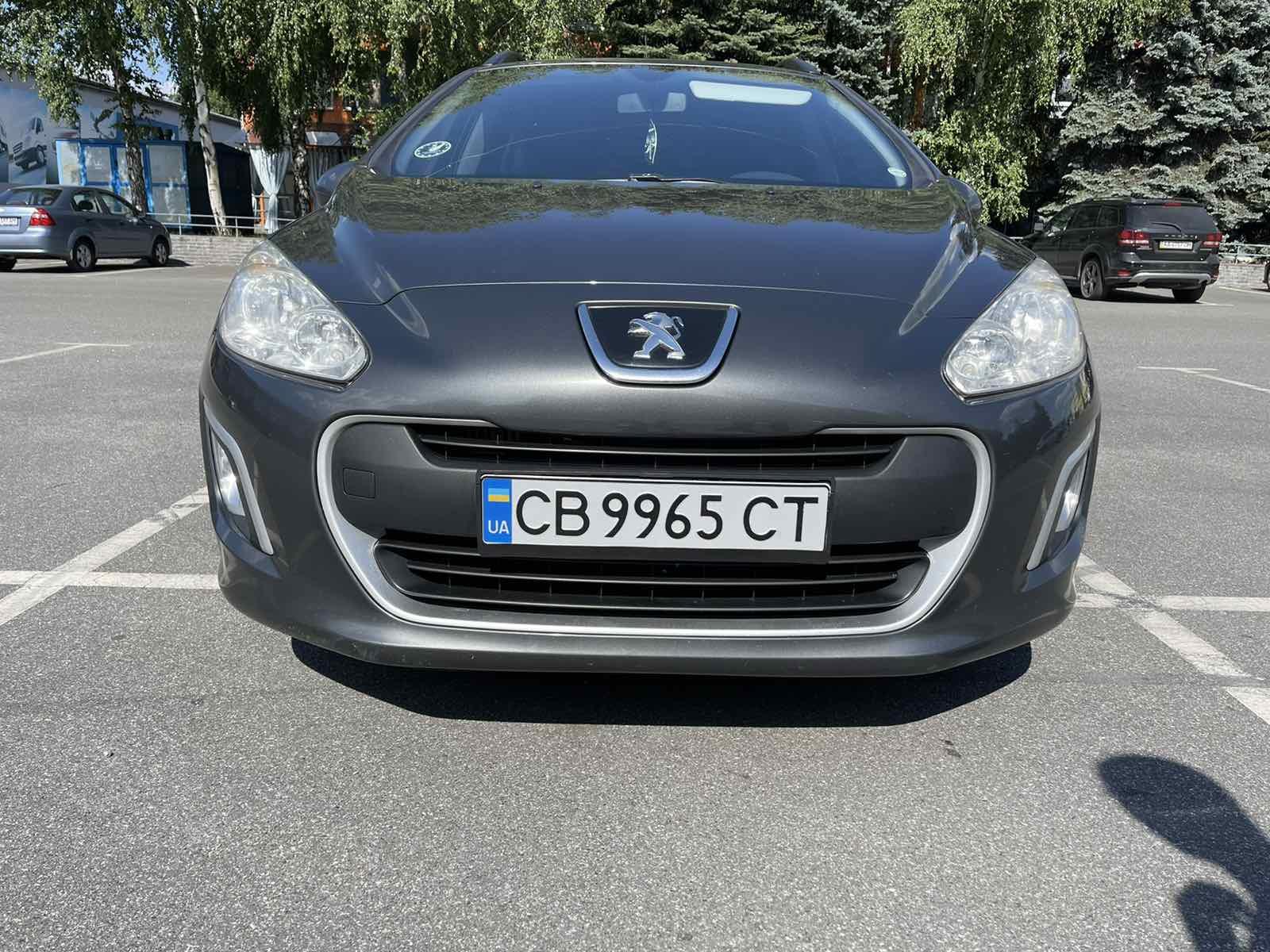 Peugeot 308 – импозантное авто