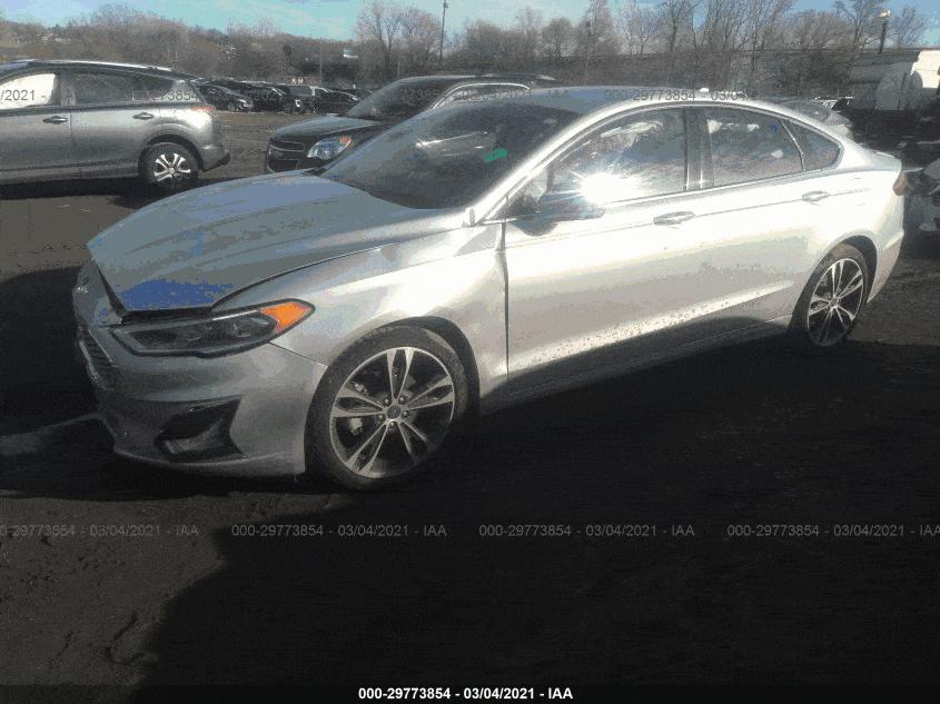 Ford Fusion Titanium – комфортный седан