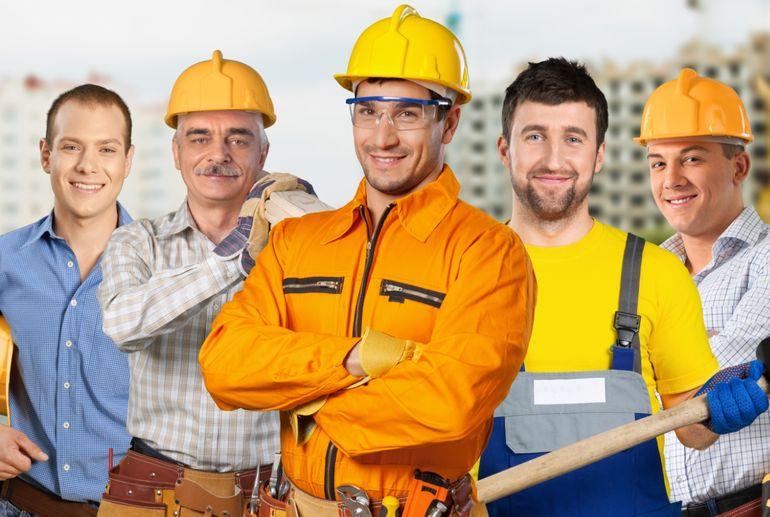 Ищем строителя по внутренним работам в Киев