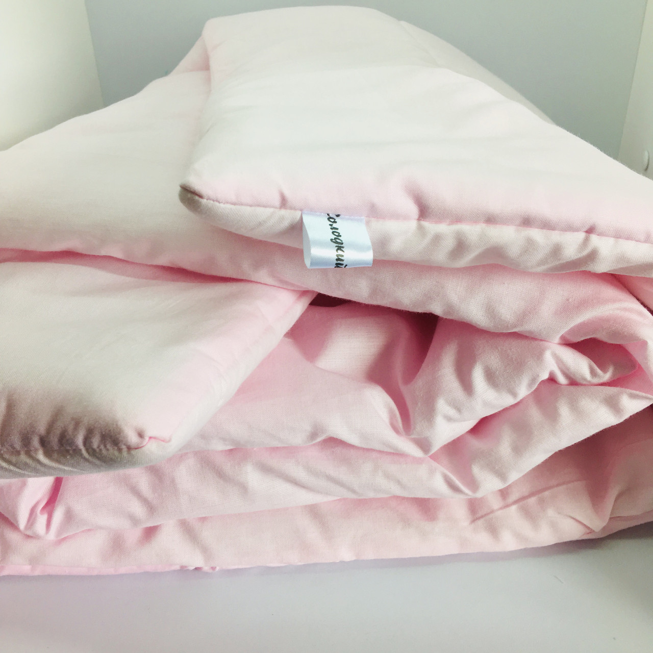 Ковдра в дитяче ліжечко рожевого кольору 90х120 см. 110х140 см.