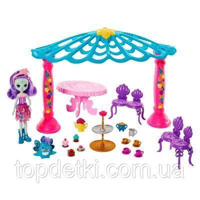 Кукольный набор Enchantimals Беседка павлина Петтер