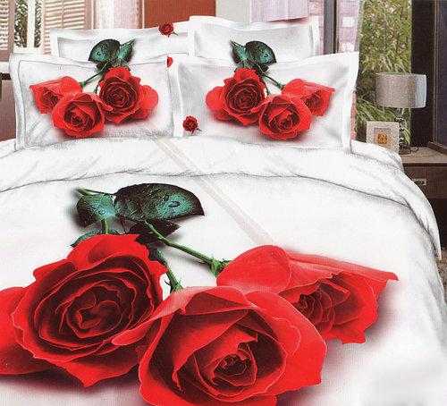Нежное постельное с шикарным букетом роз на пододеяльнике