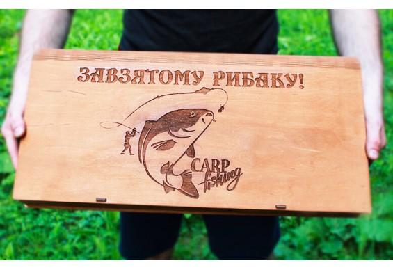 Подарункова коробка Декодім з гравіруванням на 6 шампурів (DD-6)