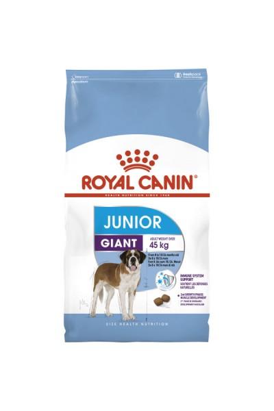 Royal Canin Giant Junior для щенков гигантских пород в возрасте от 8 месяцев до 2-х лет