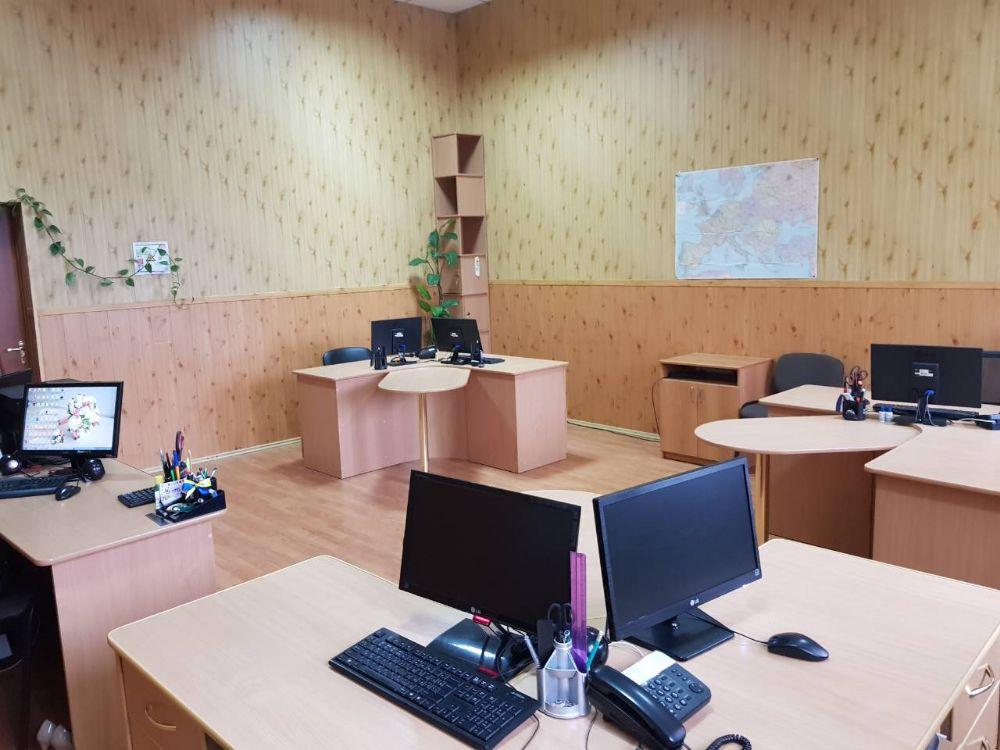 Сдаются в аренду или продаются полностью оборудованные офисные помещения