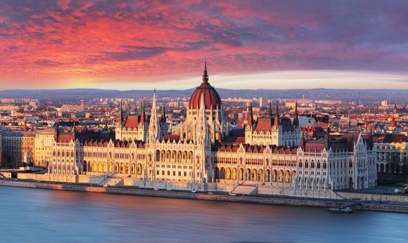 Экскурсии в Вену с отправлением из Будапешта-Аренда/прокат автобусов разных размеров в Будапеште