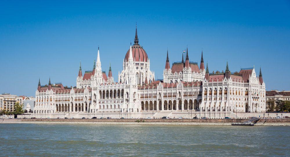 Экскурсии по Будапешту и по Вене - Аренда автобусов разных размеров в Будапеште