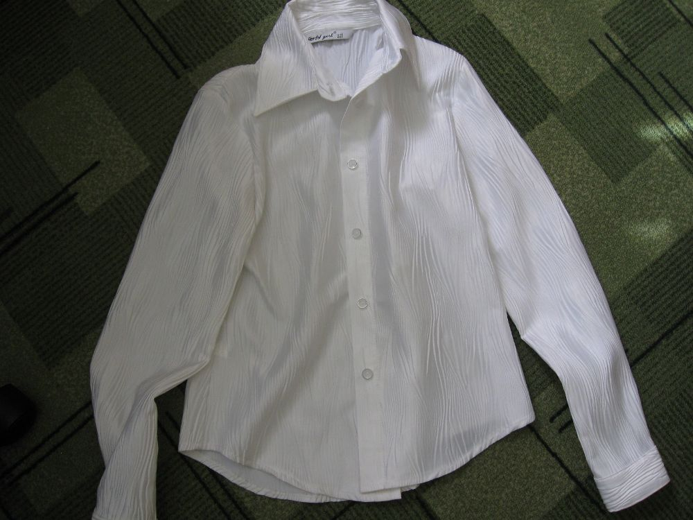 модная блузка для девочки