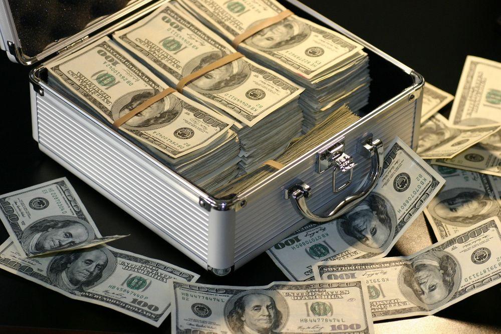 Инвестиций И Кредитов Предлагают 2% В Год.